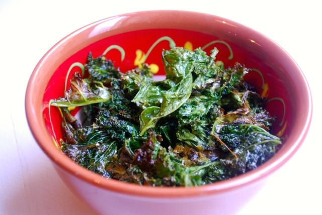Grønnkålchips (aka stekt salat)